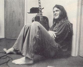 http://themusicsover.files.wordpress.com/2008/10/shannonhoon.jpg